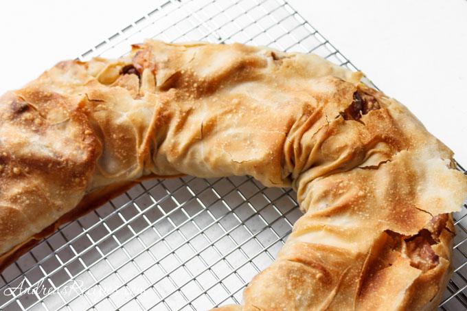בפולניה בגבעתיים נהוג להגיש את זה בלווית אנחה וגלידת וניל